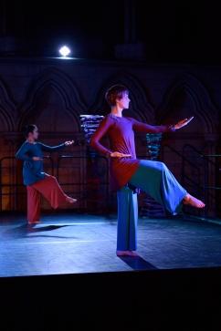'Rudra' by Manasamitra, choreographed by Sonia Sabri @ York Minster, photography by Brian Slater
