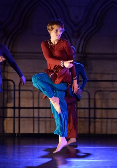 'Rudra' by Manasamitra, choreographed by Sonia Sabri @ York Minster, photography by Brian Slater
