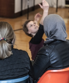 performance & workshop with a women's refugee group, Sheffield
